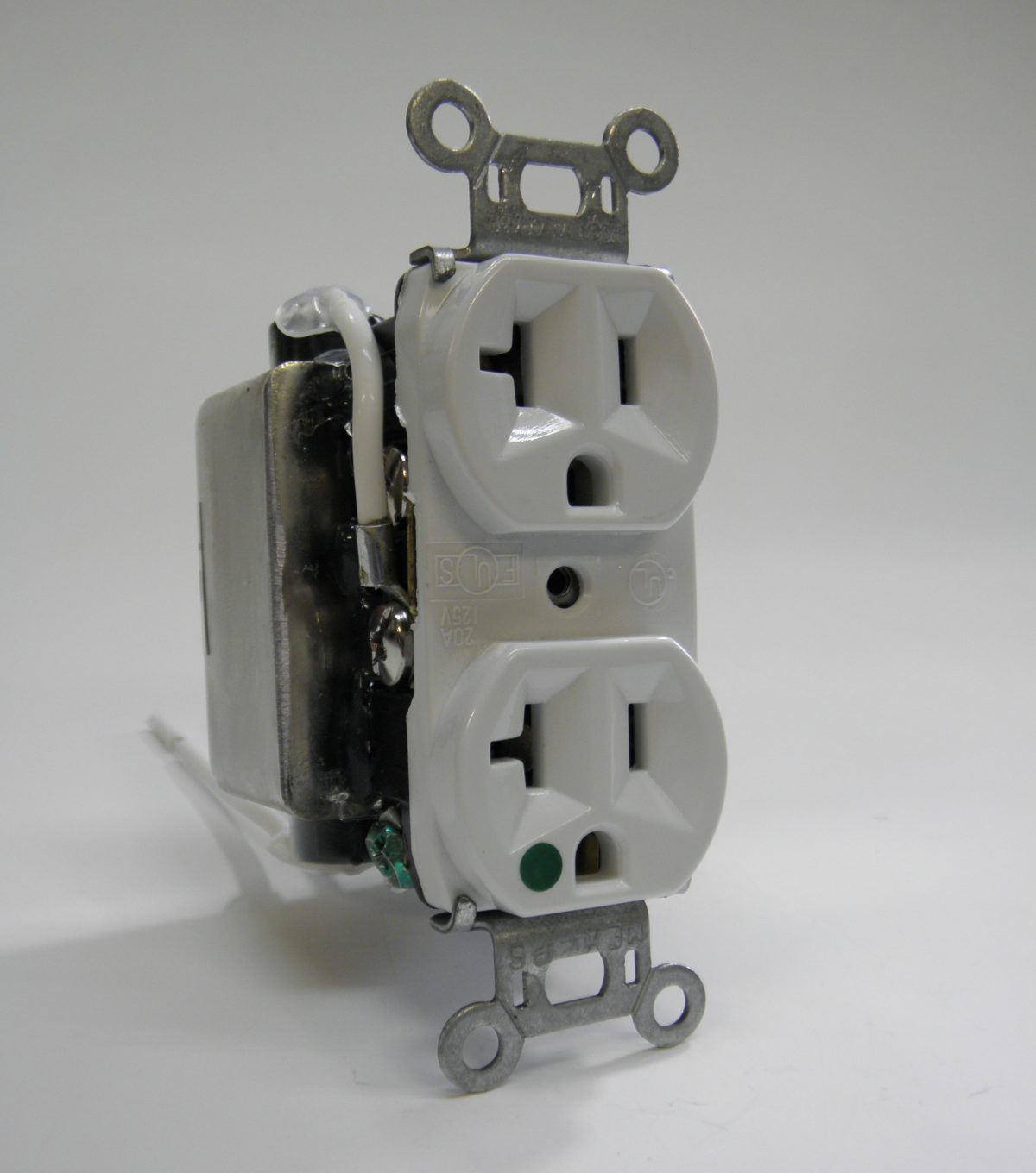 The Perfect Plug (inline receptacle filter)